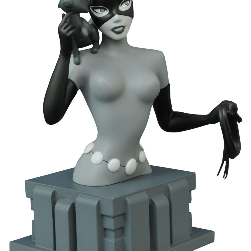 SDCC-2015-EX-Batman-Animated-Catwoman-Bust